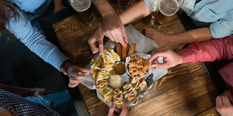 What to Order at Happy Hour to Stick to Your Health Goals