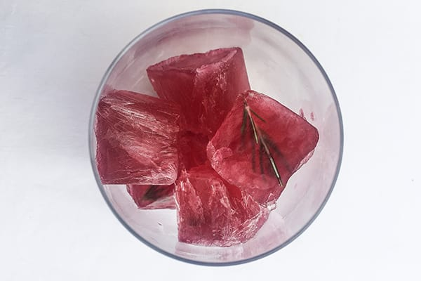 Rose Ice Cubes | BeachbodyBlog.com