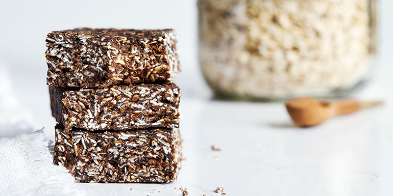 No-Bake Oatmeal Protein Bars