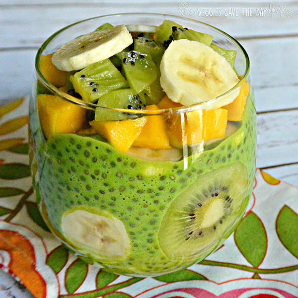Green Chia Pudding with Mango