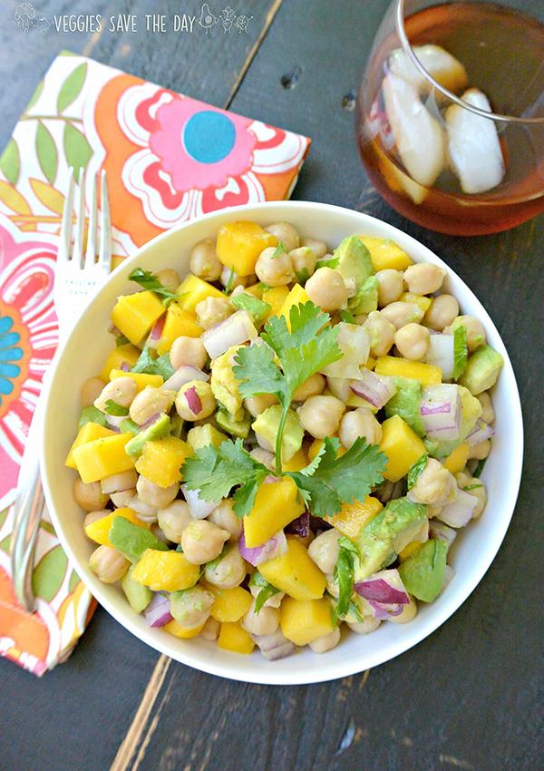 Hawaiian Recipes - Tropical Chicken Mango Avocado Salad