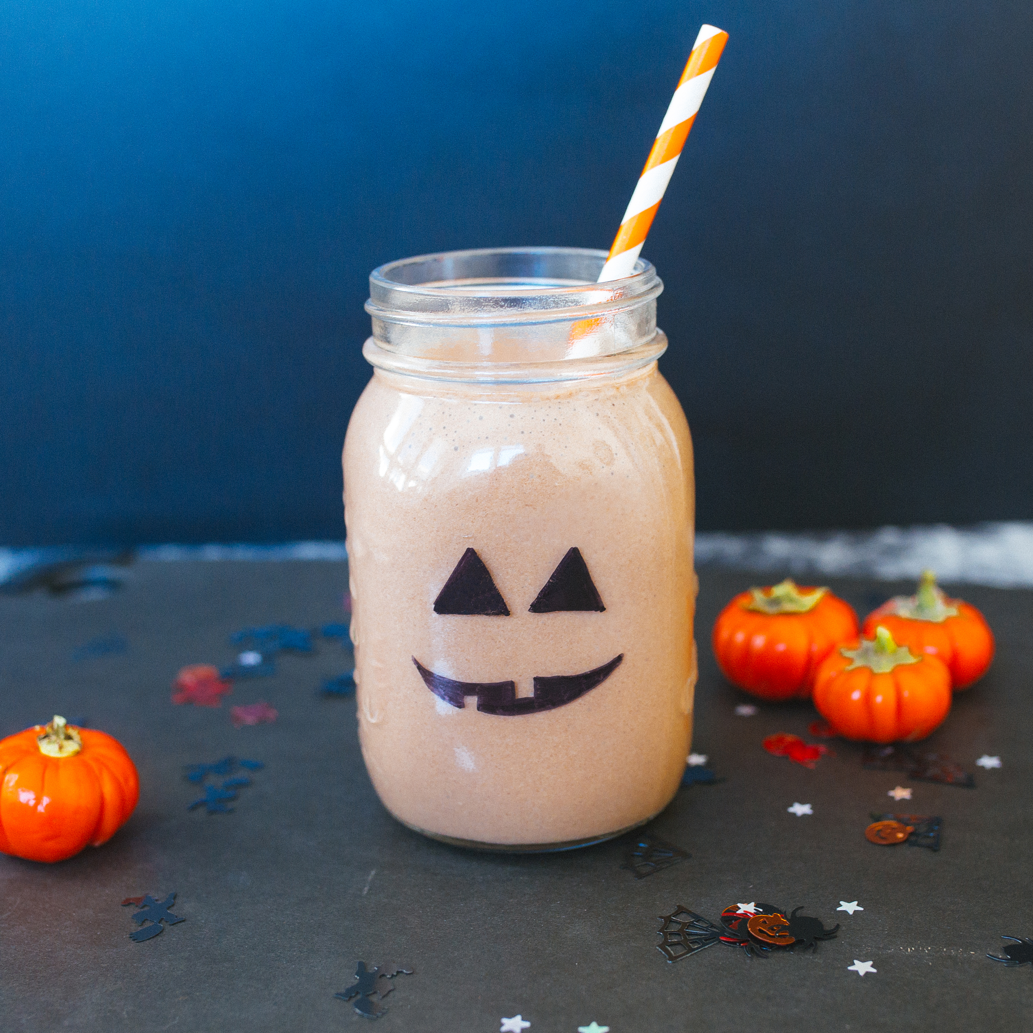 Looking for spook-tacular Halloween drinks? Our Shakeology smoothies are getting in on the haunted holiday fun with ghoulish costumes of their own, like this jack-o'-lantern smoothie.