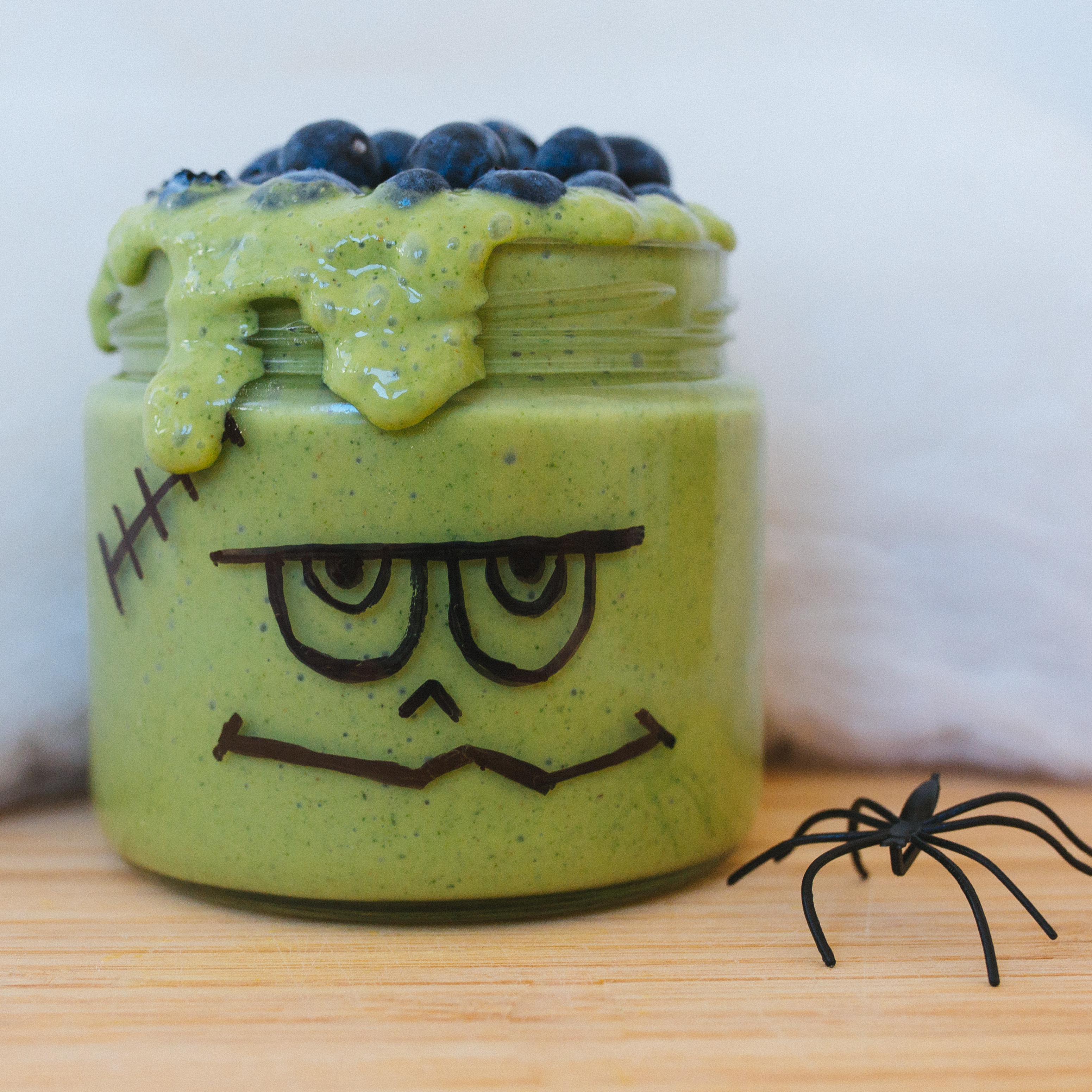 Looking for spook-tacular Halloween drinks? Our Shakeology smoothies are getting in on the haunted holiday fun with ghoulish costumes of their own, like this Frankenstein smoothie.