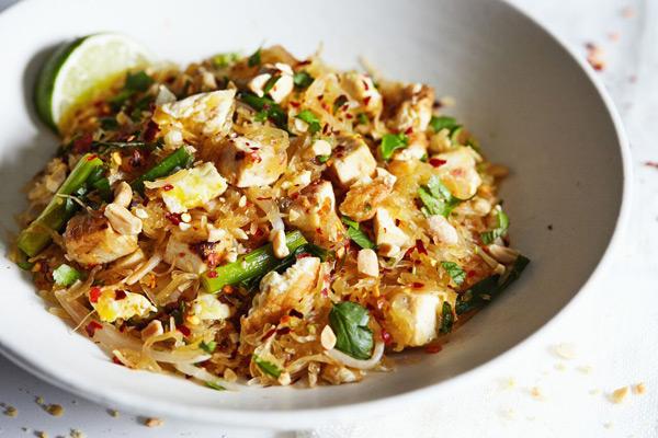 pad thai with spaghetti squash recipe