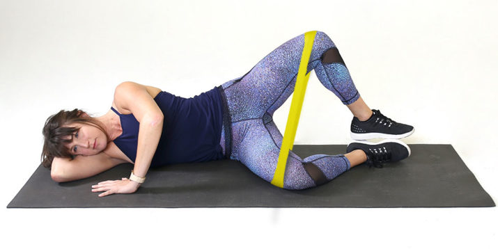 Clamshell Exercise: Why You Should Do This Glute-Strengthening Move