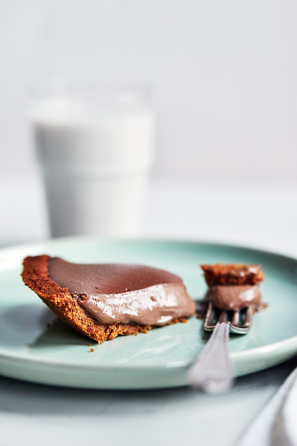 Our no-bake Peanut Butter Chocolate Pie features creamy Chocolate Shakeology, all-natural peanut butter, and a delicious Whole Wheat Graham Pie Crust.