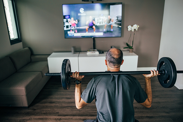 Lifting weights and building muscle with an at-home workout