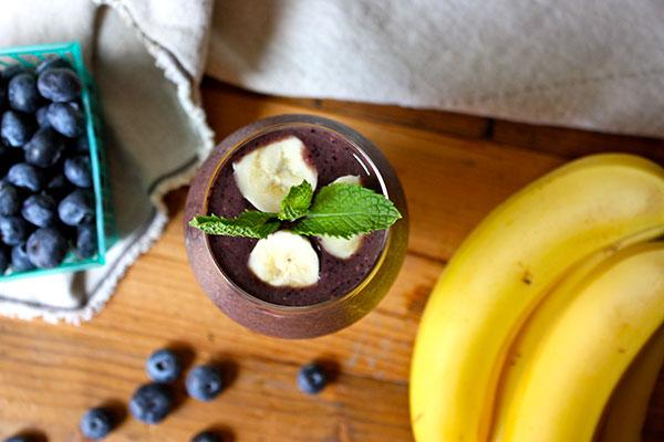 Blueberry Sunshine Shakeology Healthy Breakfast Smoothies