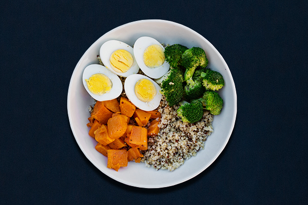 Pre-workout meals for 80 Day Obsession, pre-workout nutrition, pre-workout snacks, grain bowl with quinoa, broccoli, butternut squash, hard-boiled eggs