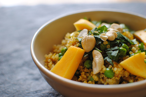 Curried quinoa and peas with cashews and fresh mango roundup