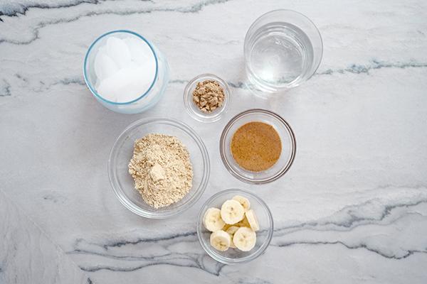 Shakeology à la vanille à base de plantes avec boost d'énergie ciblé