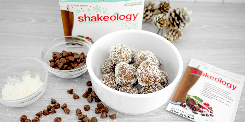 Peppermint Mocha Shakeology Protein Bites The Beachbody Blog