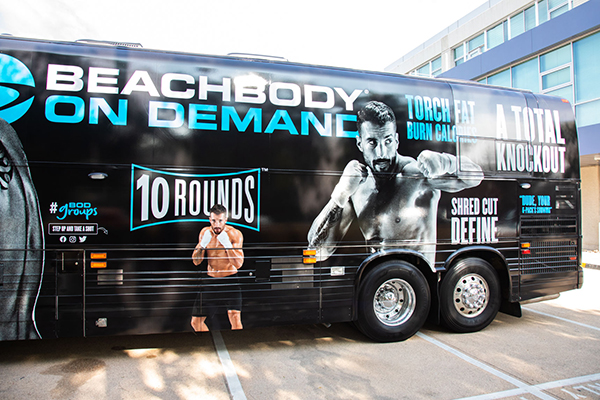 10 Rounds bus in parking lot