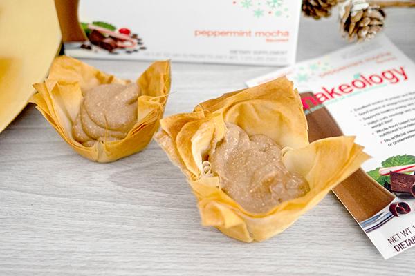 Peppermint-Mocha-Cannoli-Cups