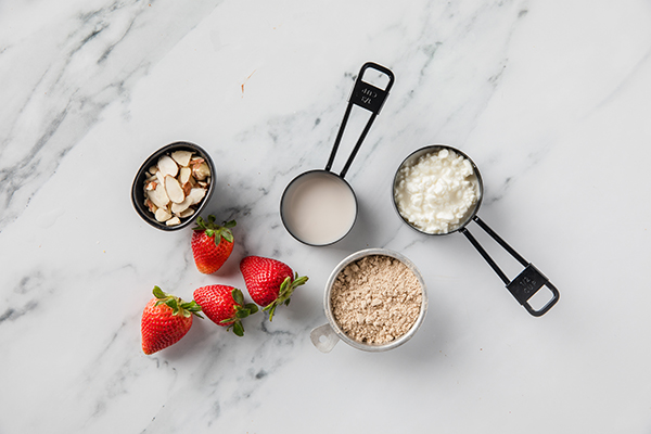 Strawberries and Cream Mousse ingredients