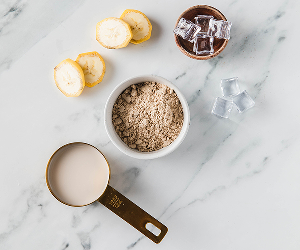 Coconut Dreamy Cookies and Creamy Shakeology ingredients