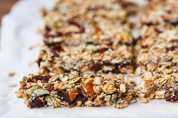 Homemade Granola bars with sunflower seeds