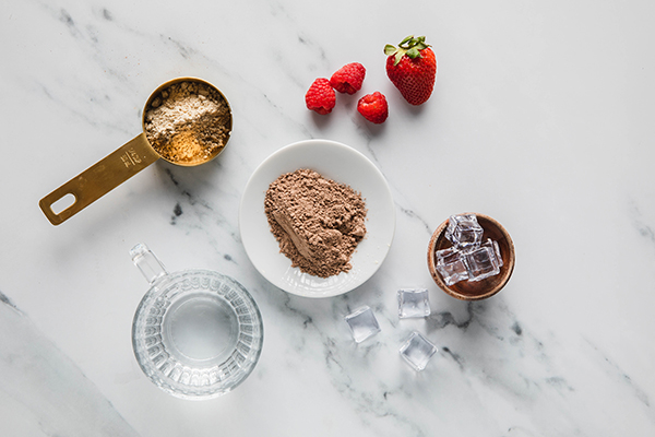 Chocolate PB&J Shakeology ingredients