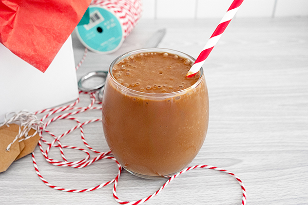 Cafe Latte Whey Shakeology shake in a glass