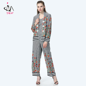 84ab42602e36a 2018 New Fashion Chinese Women Clothing Vest Printed Pants Casual Stripe  Coat 3 Piece Coat Pant