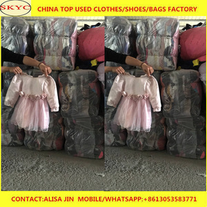 f3284ac0d9 Guangzhou used clothing overstock cleaning mixed models second hand clothes  sorted for Adults and Children