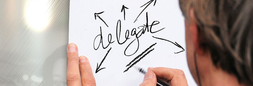 delegar trabajo