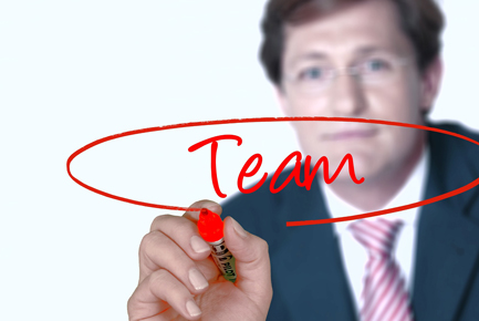 promueve el trabajo en equipo