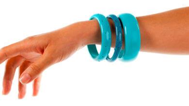 Photo of ¡Conserva tus botellas de plástico y haz pulseras con ellas!