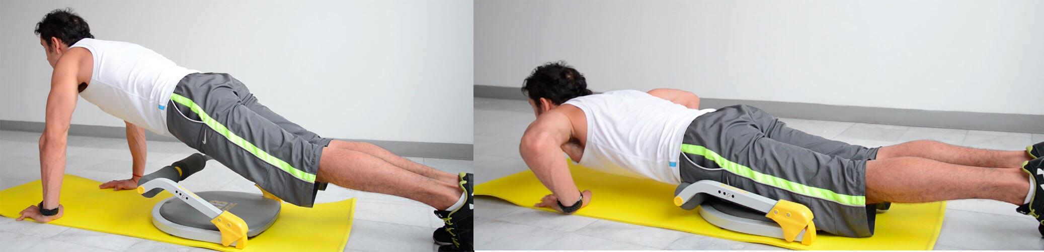 Daniel Cortés realizando lagartijas en el aparato de ejercicio Ab Tomic en el nivel 3 de resistencia.