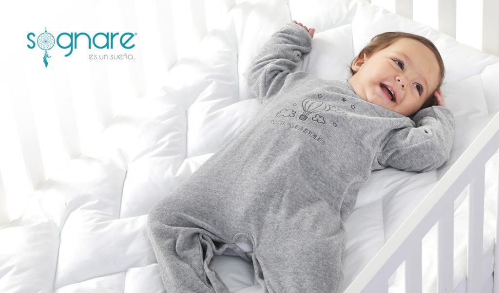Bebé en cubre colchón Sognare Bambino