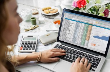 Como fazer folha de pagamento: 4 passos para começar agora!