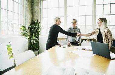 Indicação de funcionários: como criar um programa eficiente?