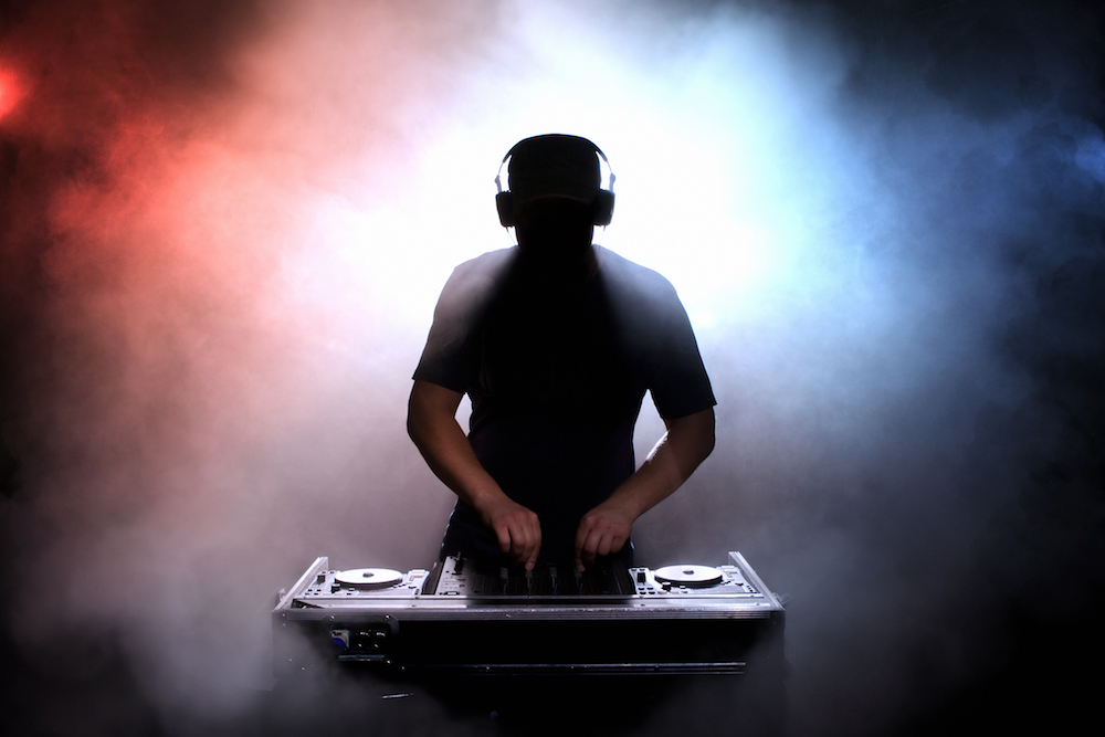 DJ_00_Smaller