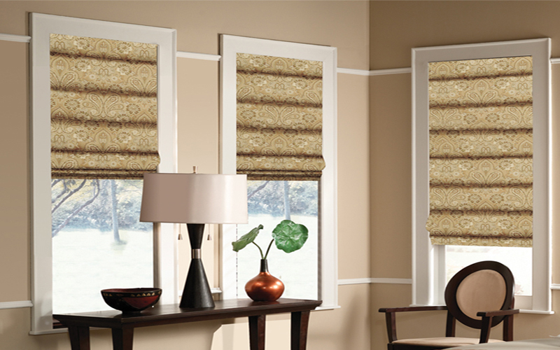 Soft-Hobbled-Roman-Shades