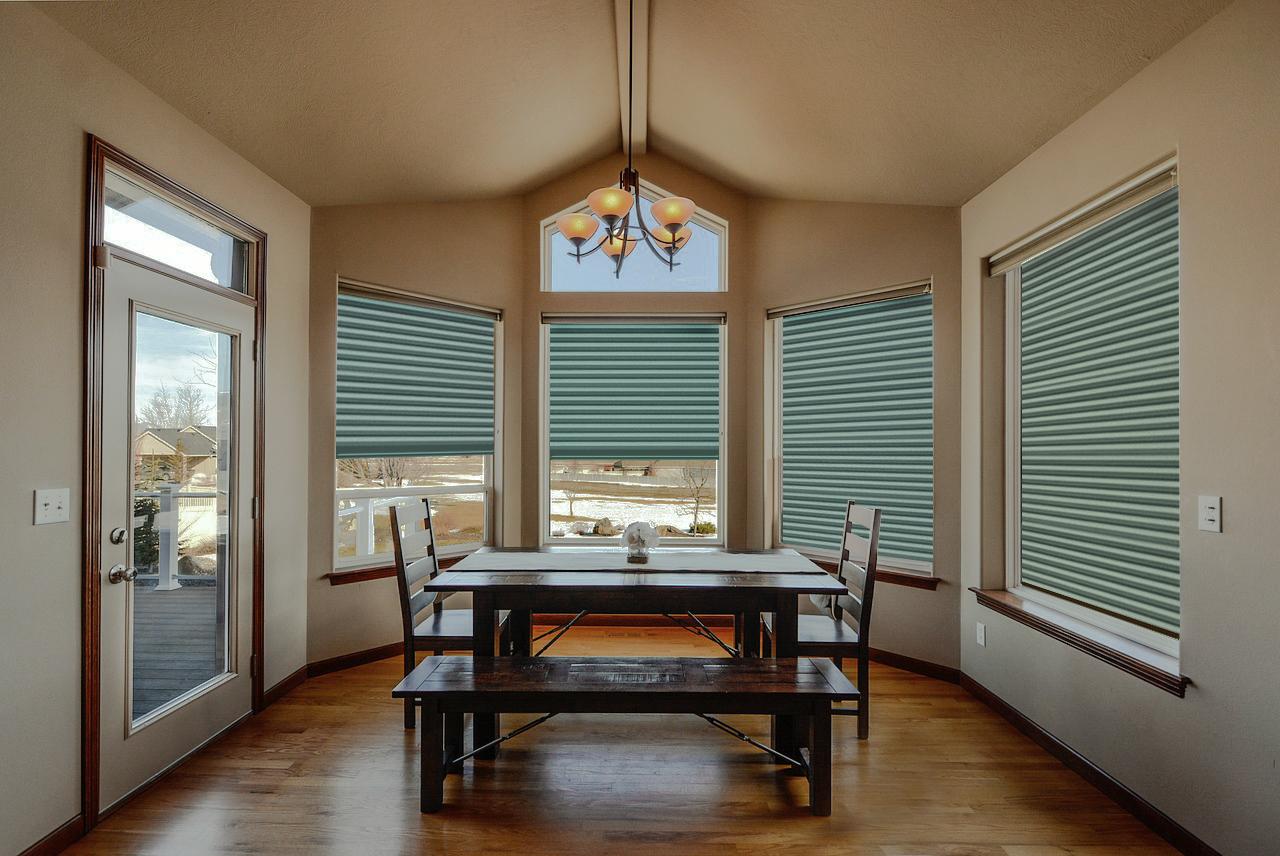 Roman shades for Bay windows