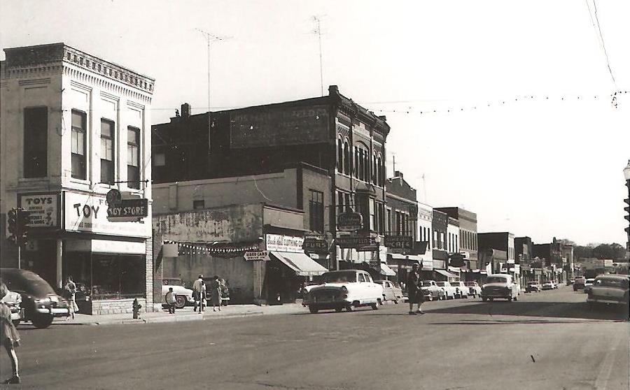 500 Block South Front Street, 1950s