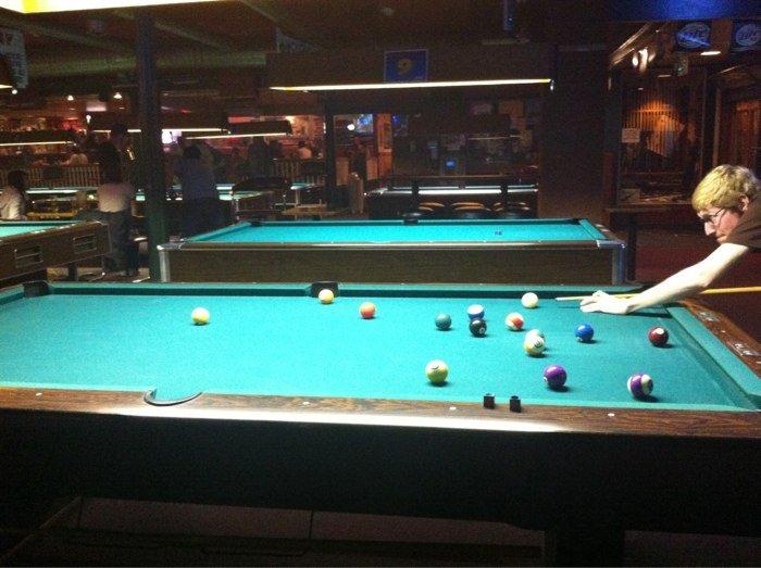 Mingles-pool.jpg