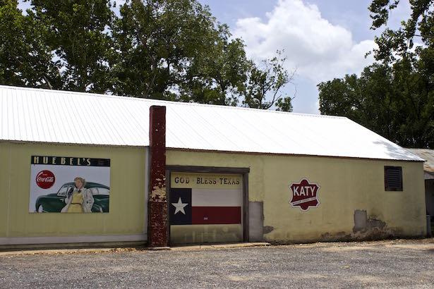 Smithville Texas - Huebel's