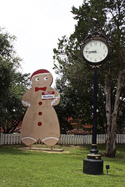 Smithville Texas - Smitty the Gingerbread Man