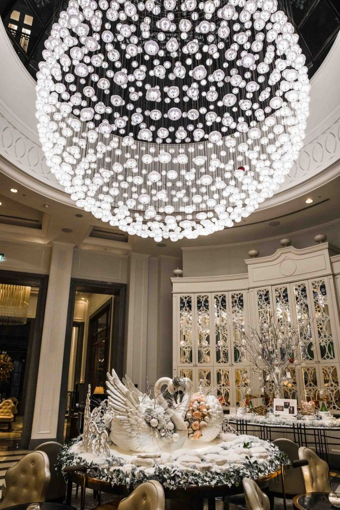 UK London Corinthia Hotel Chandelier