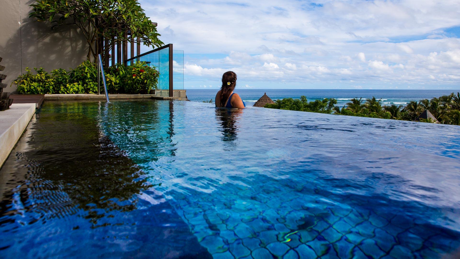 Indonesia Bali - Luxury Escapes - Ritz Carlton Infinity Pool