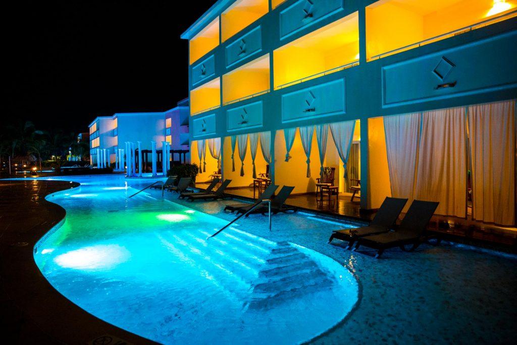 TRS Turquesa Hotel - Punta Cana - Dominican Republic - Swimup Rooms