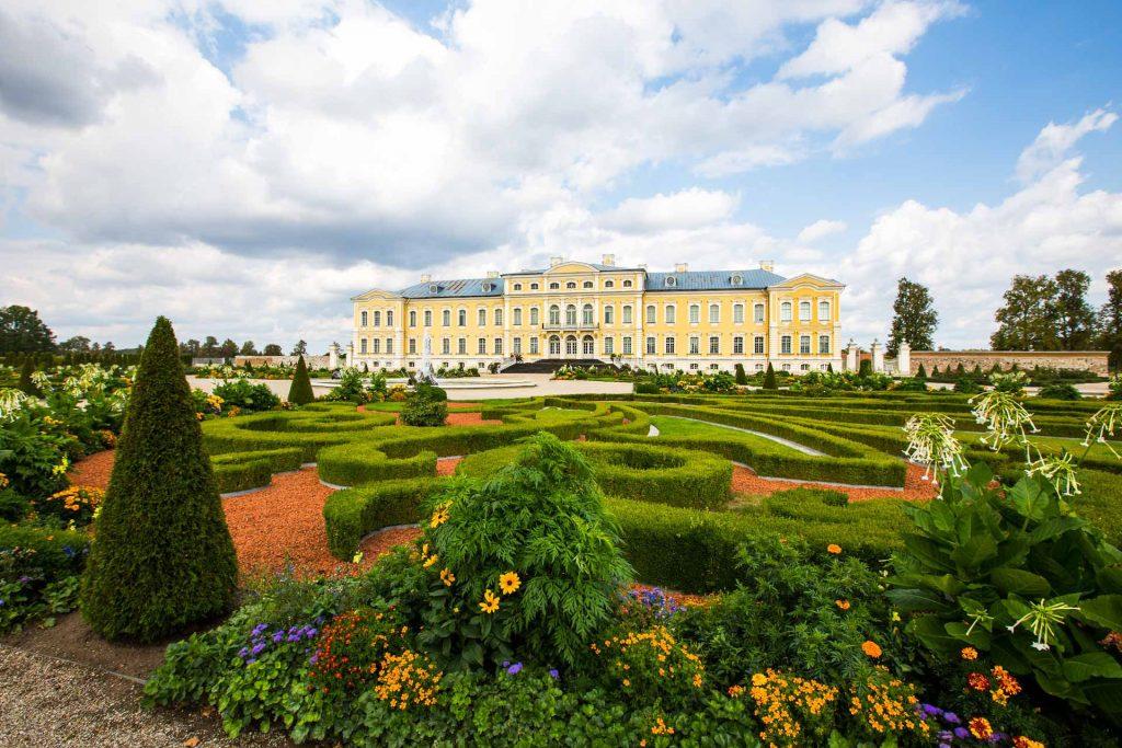 BlueSkyTraveler Latvia Rundale Palace