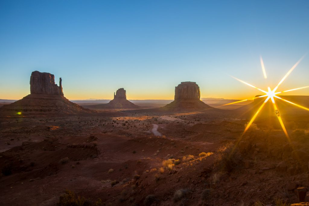 Arizona Monument Valley Sunrise - Sunstar Filter