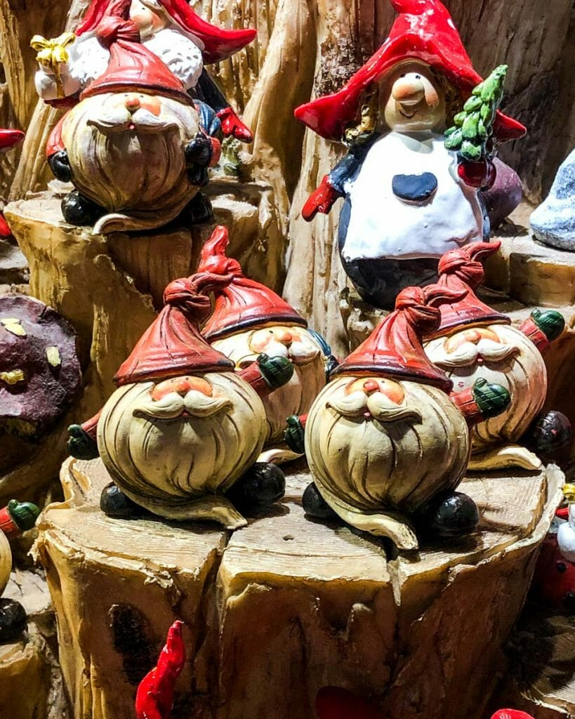Christmas Markets - Ornaments - Santas