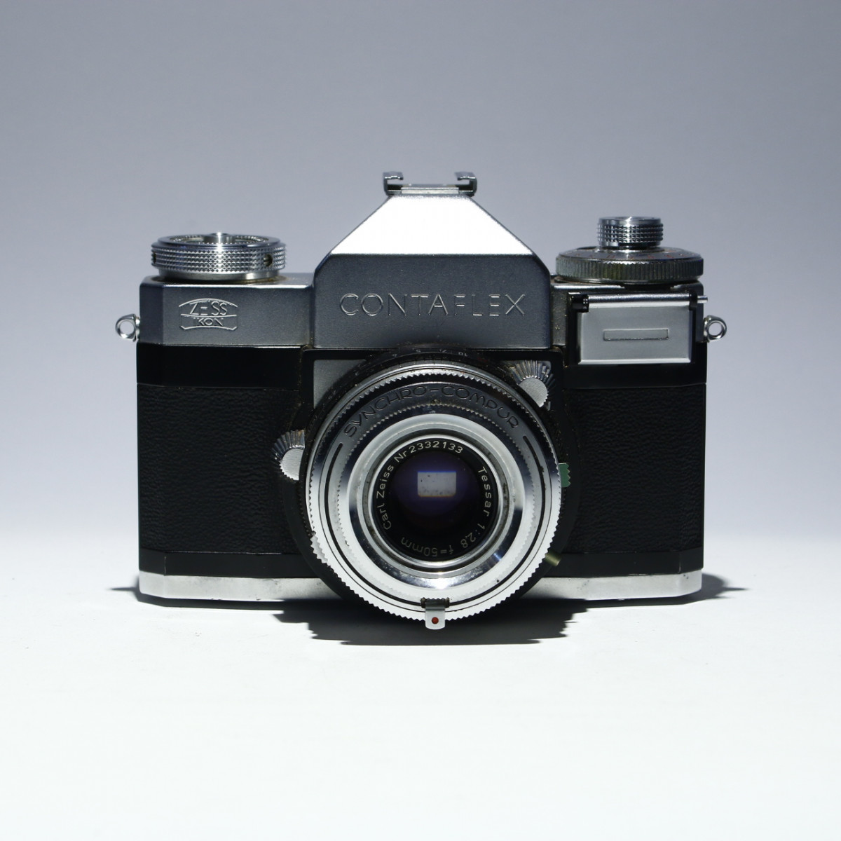 Zeiss Ikon Contaflex IV with Carl Zeiss 50mm f2 8 Tessar for
