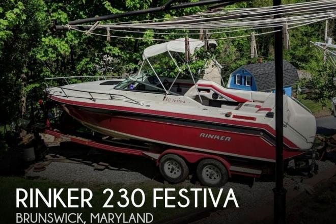 1990 Rinker 230 Festiva