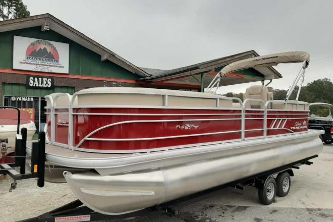 2021 Sun Tracker Party Barge® 24 DLX