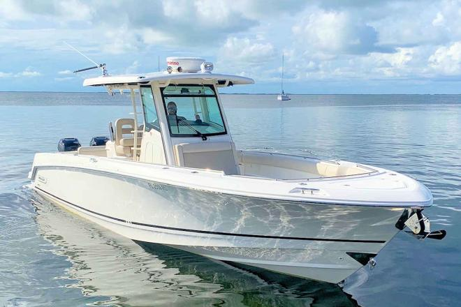 2018 Boston Whaler 330 Outrage Center Console - For Sale at Key Largo, FL 33037 - ID 200096