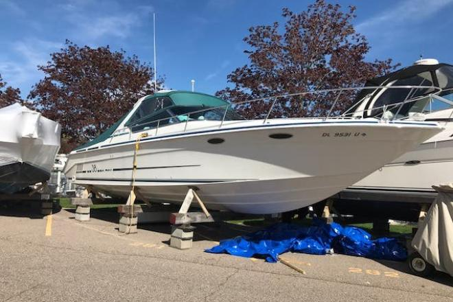 1997 Sea Ray 38 SUN SPORT - For Sale at Harrison Township, MI 48045 - ID 164803